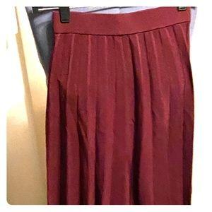 H&M Pleated Burgundy Skirt